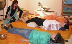 Fantasiereisen, Klangreisen, Klangmeditation als Methode klangtherapeutischer Hilfe